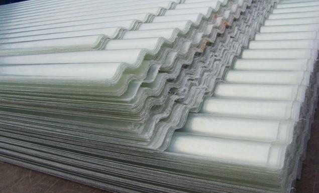 tôn nhựa lấy sáng dạng sóng Fibro